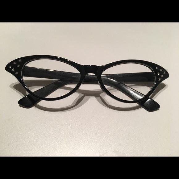 89c11ea32e65 Accessories - Cat Eye Fashion Glasses (Non-Prescription)
